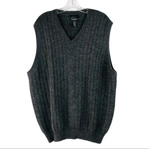 Greg Norman grey wool cable golf sweater vest